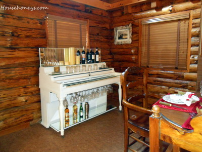 painted piano bar in white