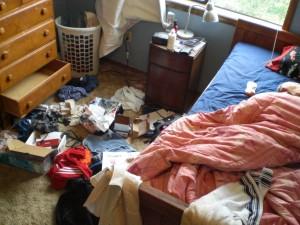 messy-room-300x225