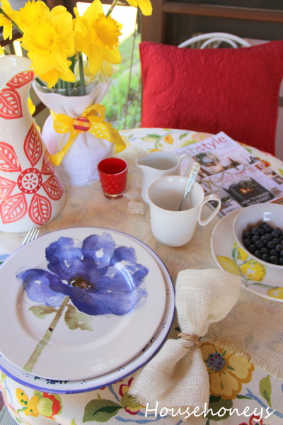 blue, yellow, red tables