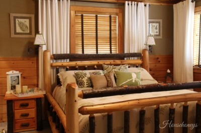 bedroom rustic with shade