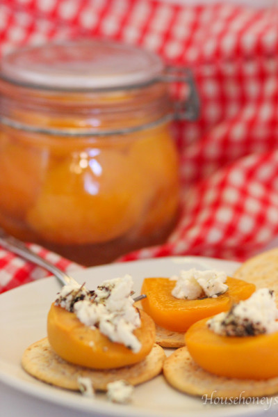 apricots with cheese