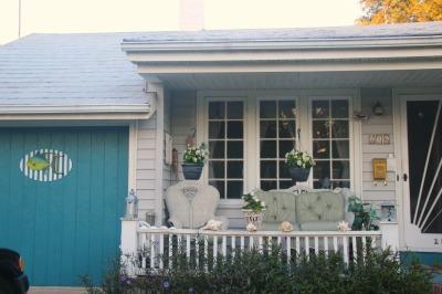 Househoneys-Lake Worth front porch