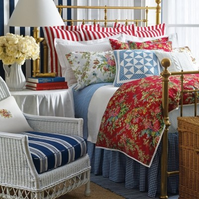 red white and blue room