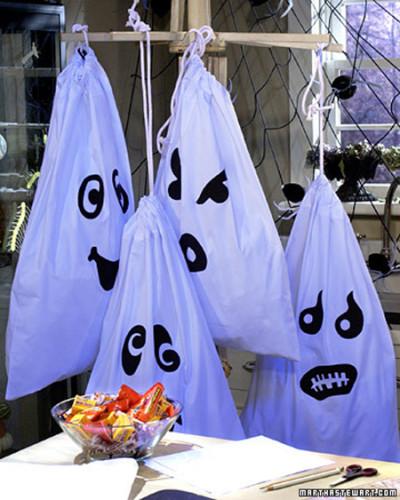 halloweendecorating05