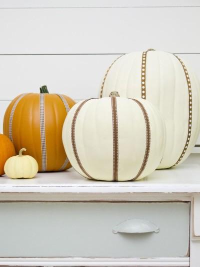 original_Layla-Palmer-Halloween-Ribbon-Pumpkins-Beauty-2_s3x4.jpg.rend.hgtvcom.966.1288