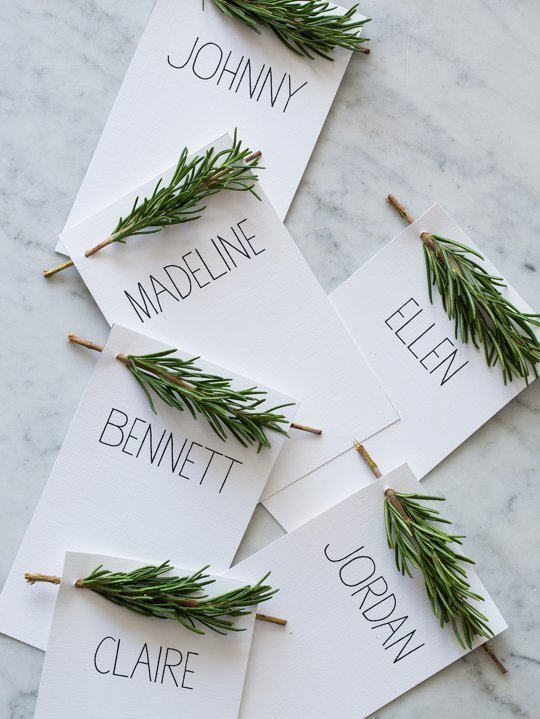 Fun and Easy Thanksgiving Place Cards