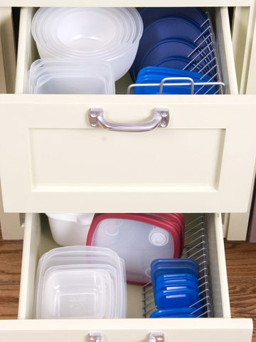 organizing kitchen items