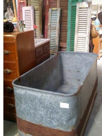 antique tub