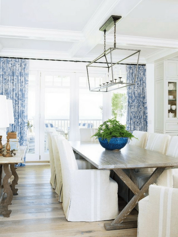 Elegant farmhouse dining room